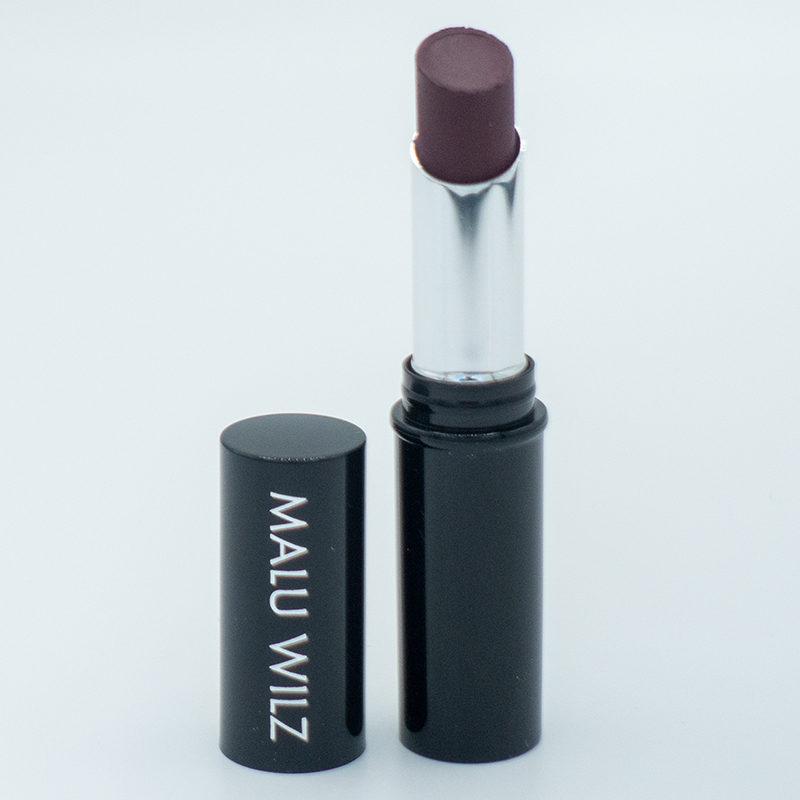 malu-wilz-true-matt-lipstick-black-red-woman